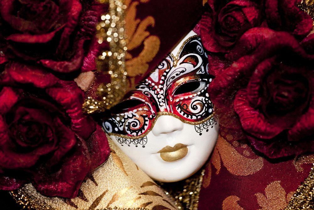 5枚目の画像 街中が仮面舞踏会 中世ヨーロッパの世界観が味わえる ヴェネツィア カーニバル retrip カーニバルマスク 仮面舞踏会 ヴェネツィア
