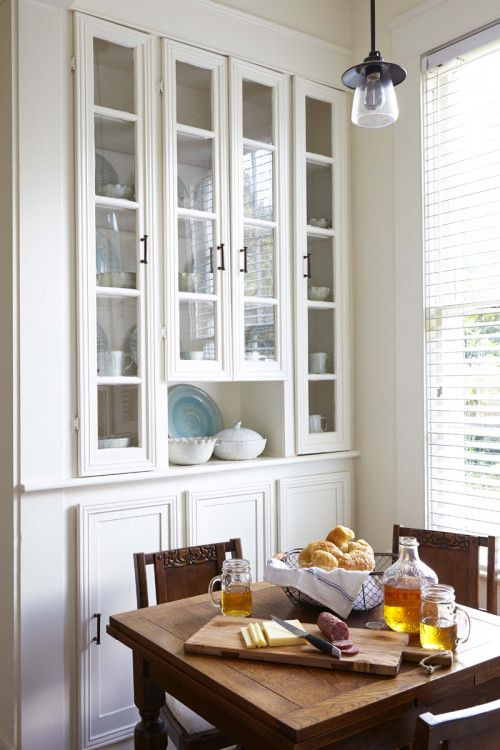 Mississippi kitchen, breakfast area with china cabinet