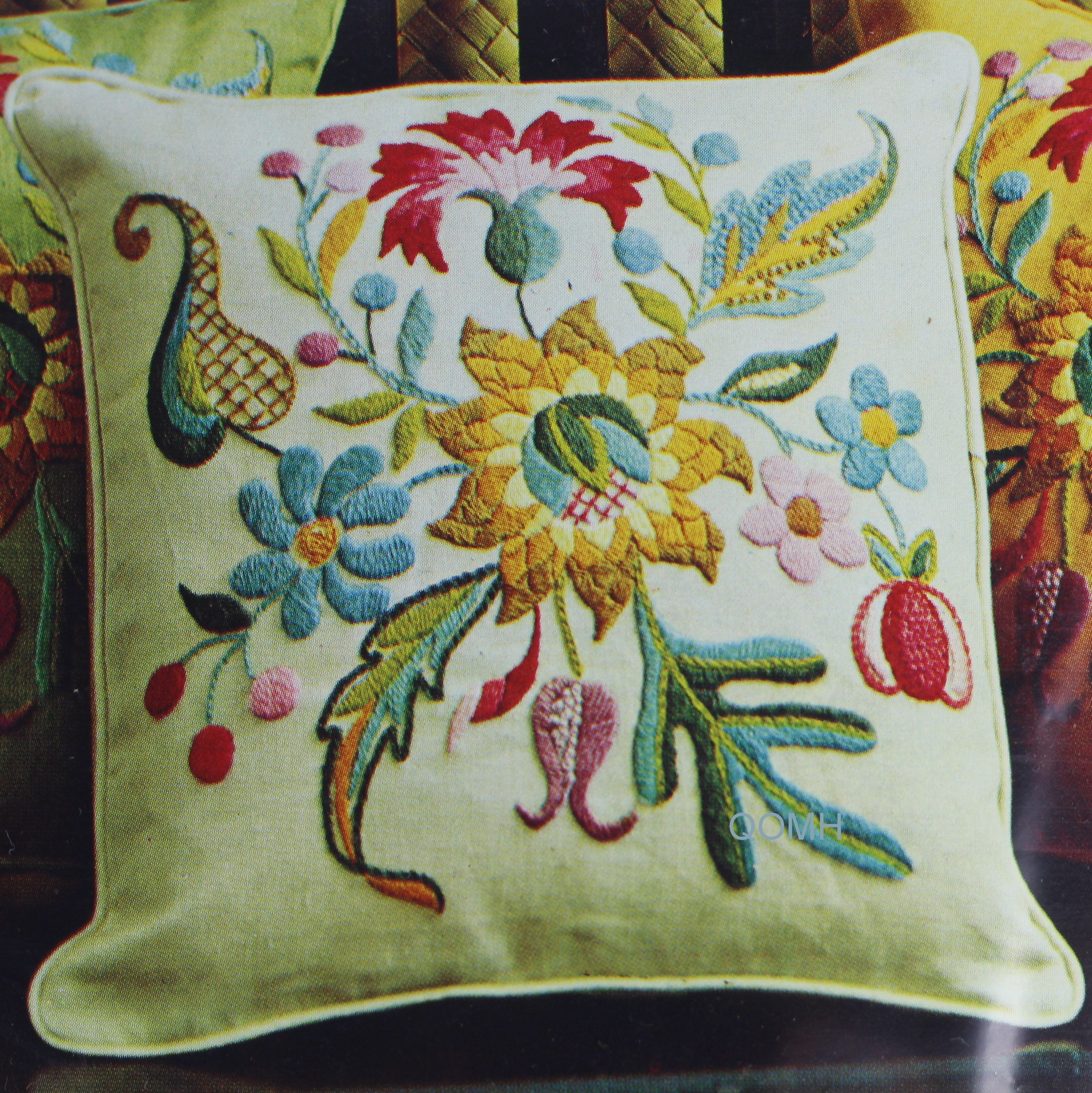 "Handmade Finished Cross Stitch Linen Green Pillow Cover 14/"" x 14/"""