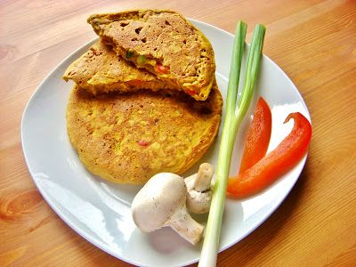 Pudla (Chickpea Flour Pancakes With Veggies) - Vegan