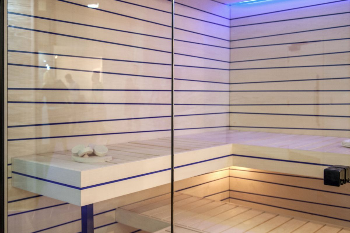 What To Expect When Stepping Into A Sauna Badezimmer Design Modernes Badezimmer Design