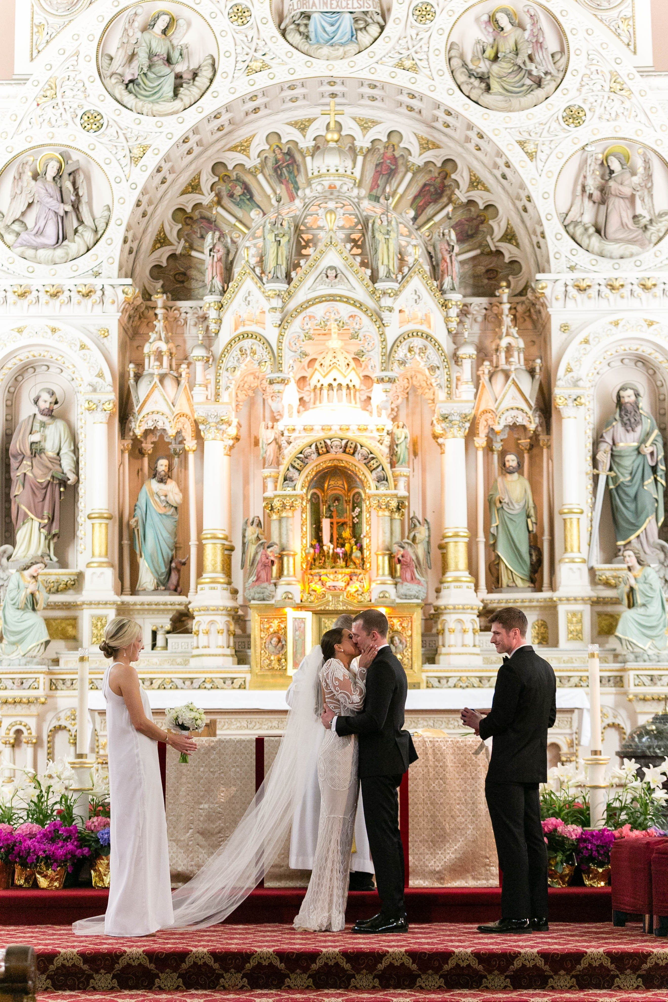 6 Essential Details About Getting Married in a Catholic