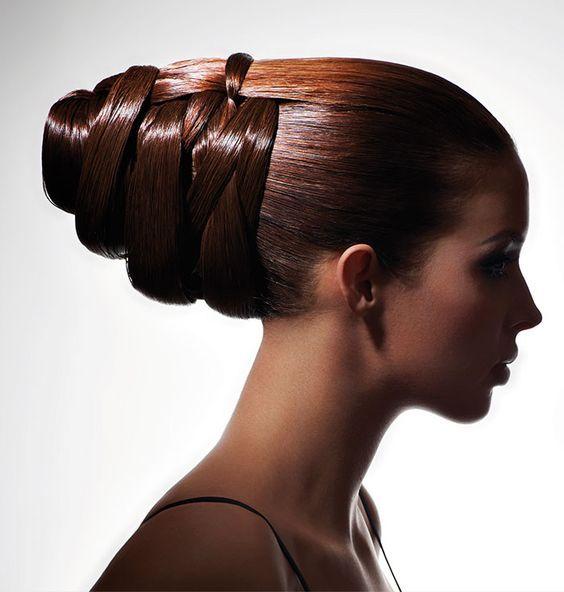 Chignon enroulee alexandre de paris | Bun hairstyles for long hair, Haute hair, Hair up styles