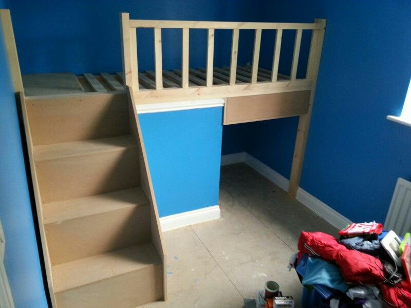 Bed Over Stair Box With Storage And Stairs: Bed Over Stair Box With Storage And Stairs