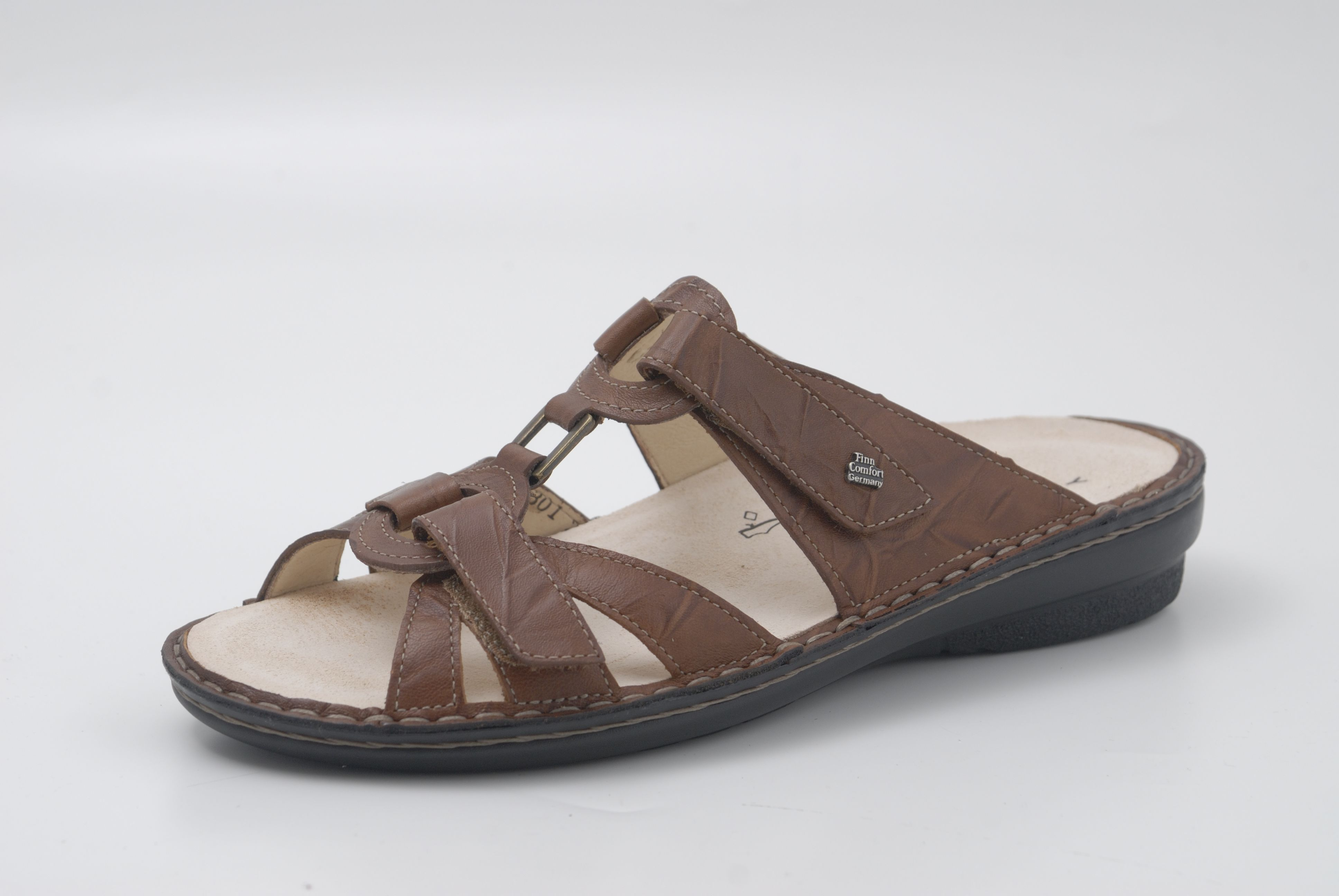 Pin By Foot Solutions Of Raleigh On Finn Comfort Finn Comfort Sandals Shoes