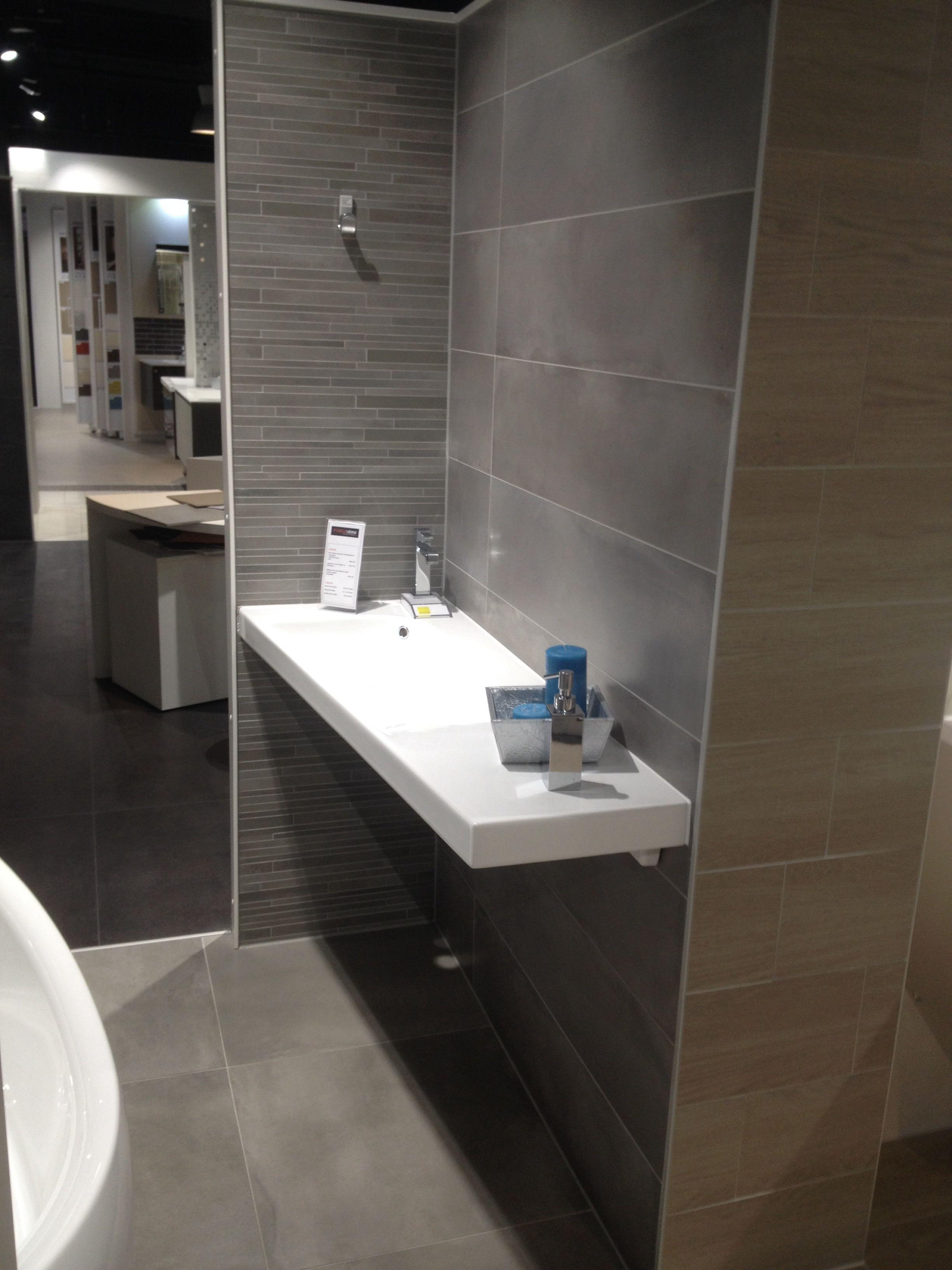 Showroom vendenheim strasbourg alsace forgiarini mat riaux - Magasin salle de bain strasbourg ...