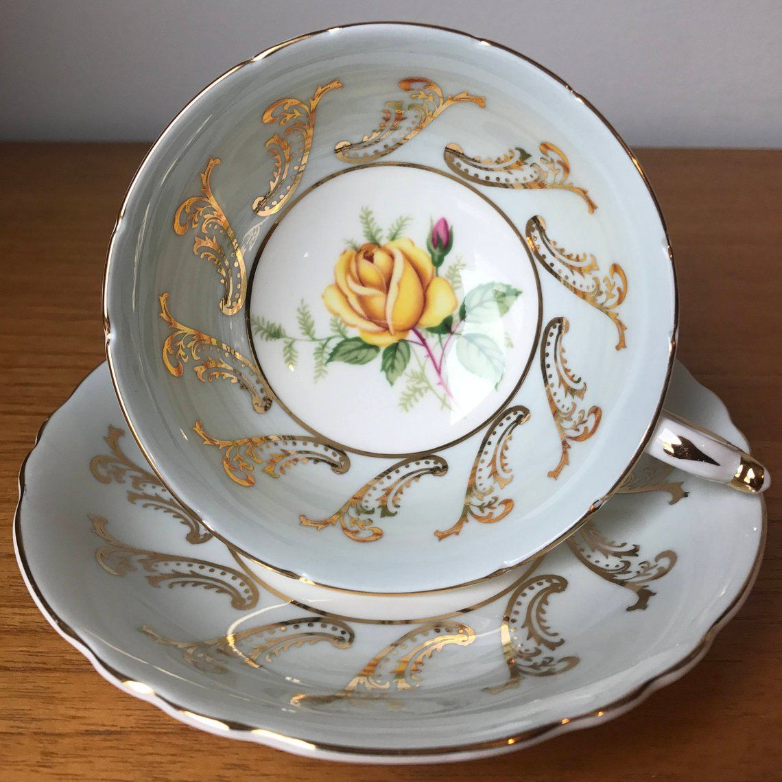 Paragon Rose Teetasse Und Untertasse Gelbe Rose Hellblau Etsy Tasse Tee Untertasse Teetasse