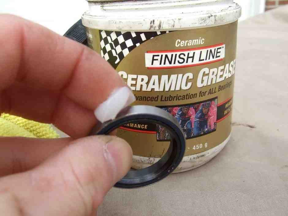 what grease for bike bearings