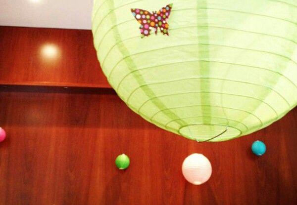 Bola japonesa de papel com borboleta  d517a6275e7