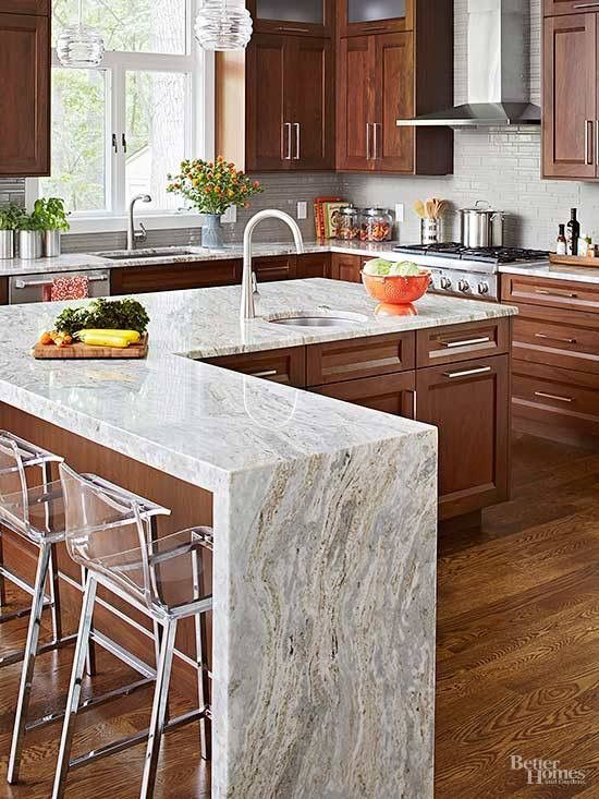 Gorgeous kitchen set upabsolutely LOVE the L shaped island with