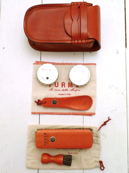 Red Leather College Shoe Care Kit by TURMS