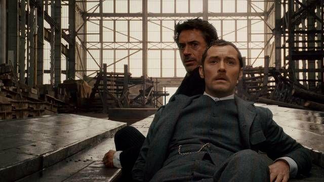 Robert Downey Jr. & Jude Law in Sherlock Holmes