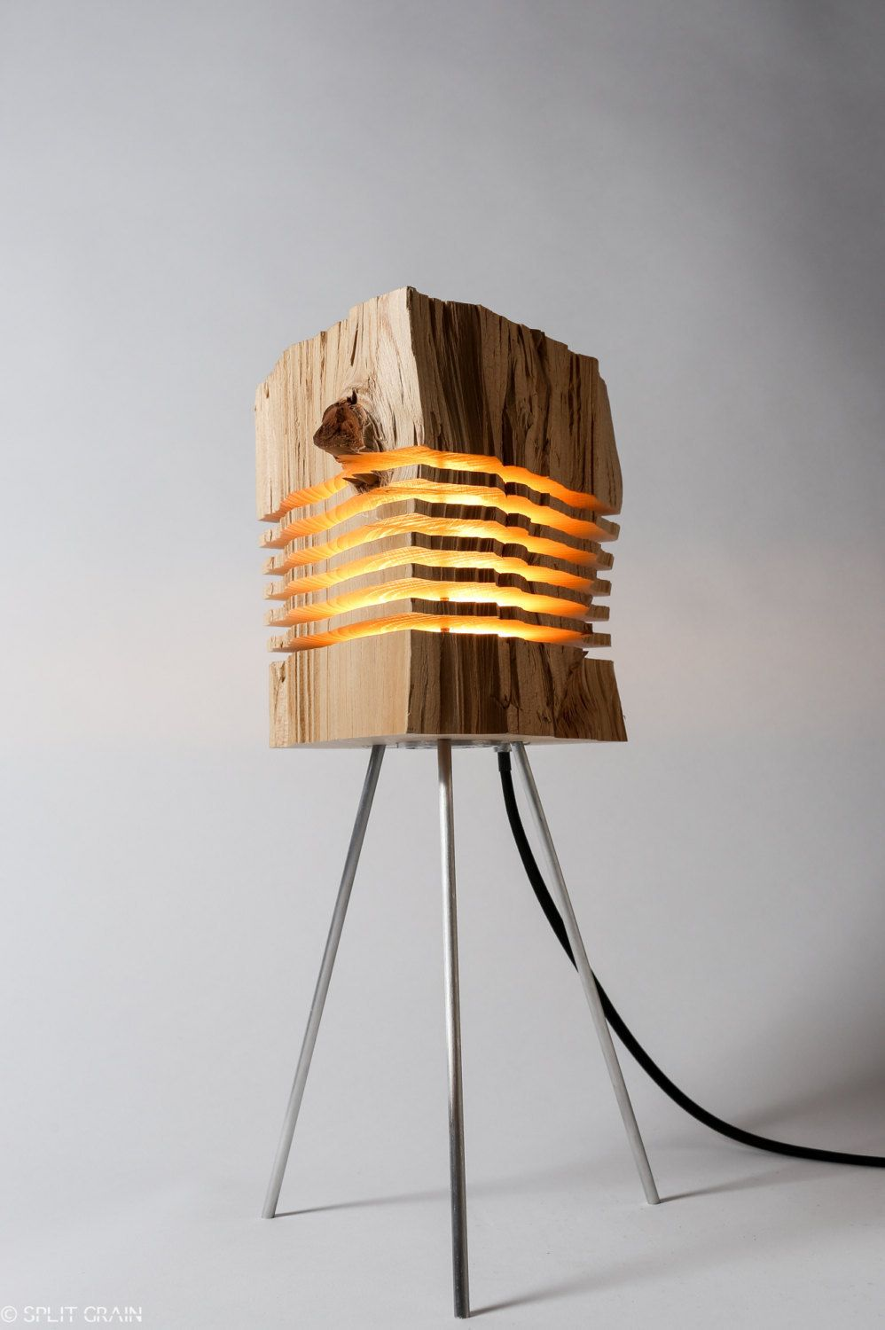 Minimalist sliced firewood lamps by split grain home bois