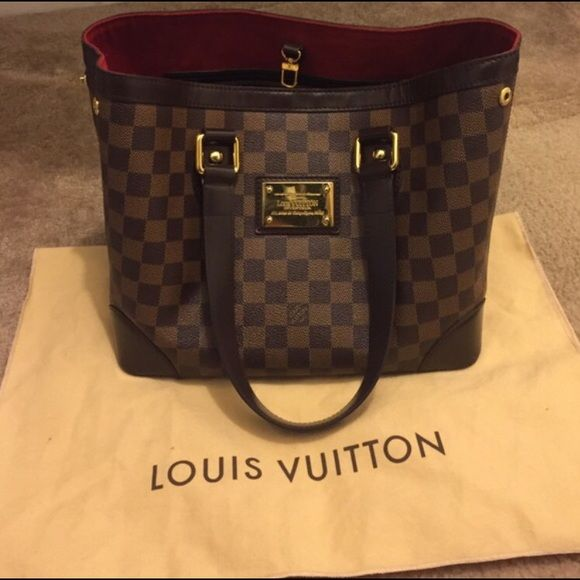 LOUIS VUITTON Damier Ebene Hampstead Handbag Authentic LV PM Damier bag. Has stains inside( in picture )  comes with dust bag and original receipt when bought( if you want ) Louis Vuitton Bags