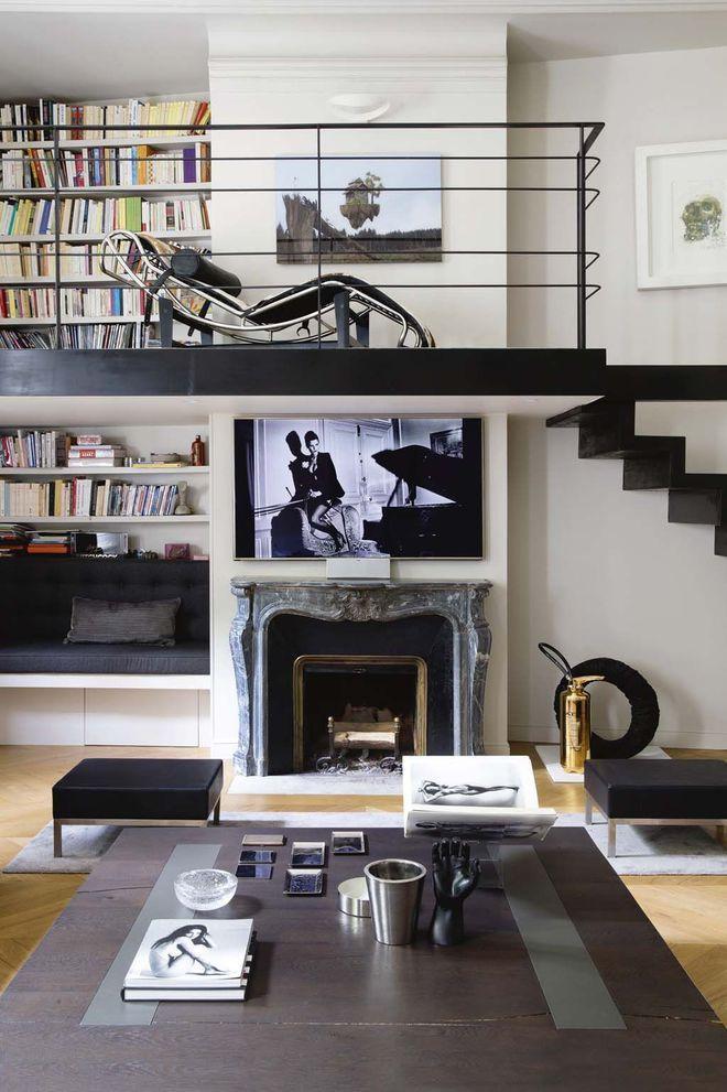 Le salon pur dispose d 39 une mezzanine biblioth que salon - Hauteur sous mezzanine ...