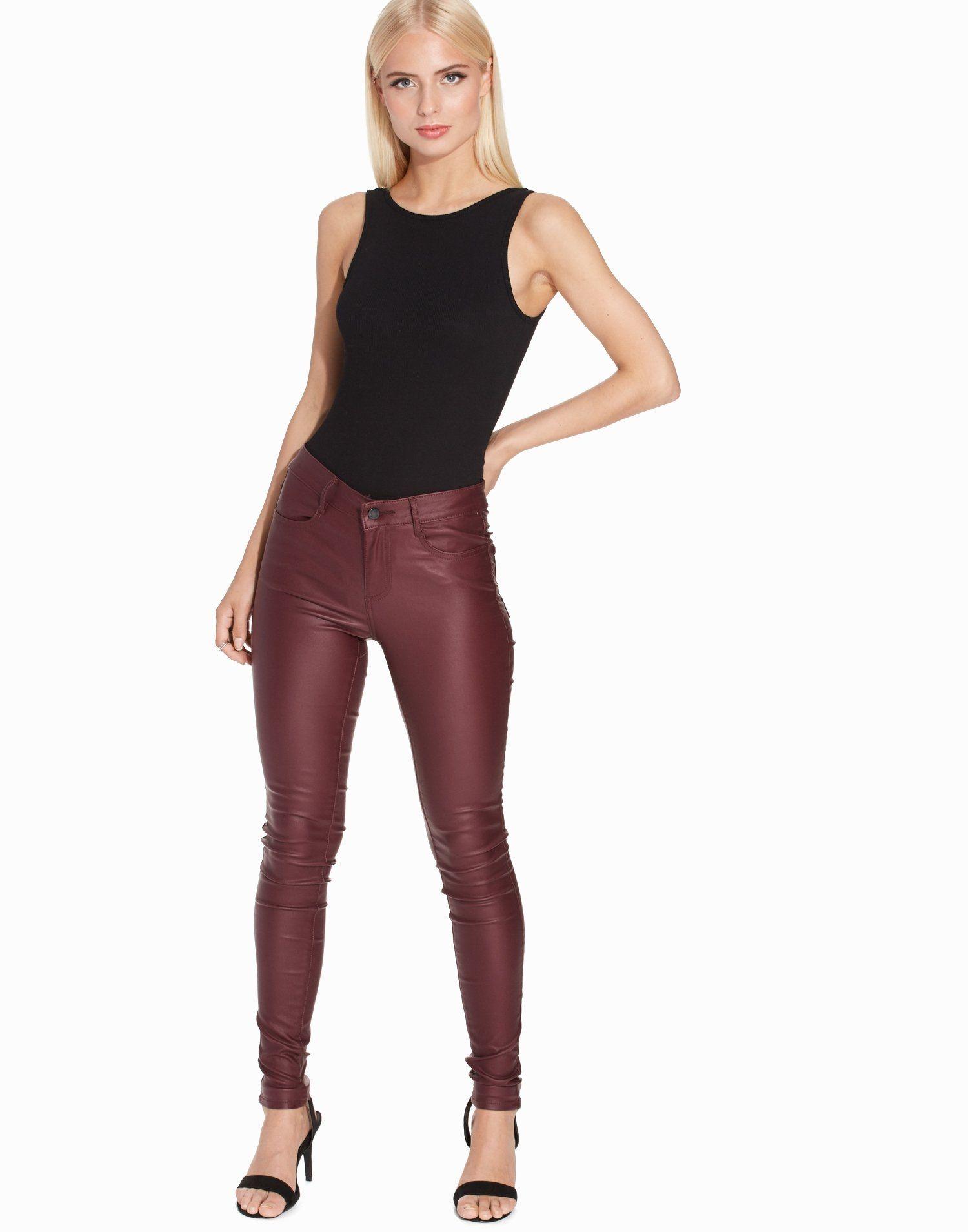 916043b1263 Ribbed Sleeveless Bodysuit - New Look - Black - Tops - Clothing - Women -  Nelly.com Uk
