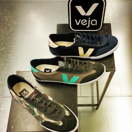 Inactivo Edad adulta Lidiar con  Veja at M69 Barcelona, in all colors! | Barcelona, Brooks sneaker, Sneakers