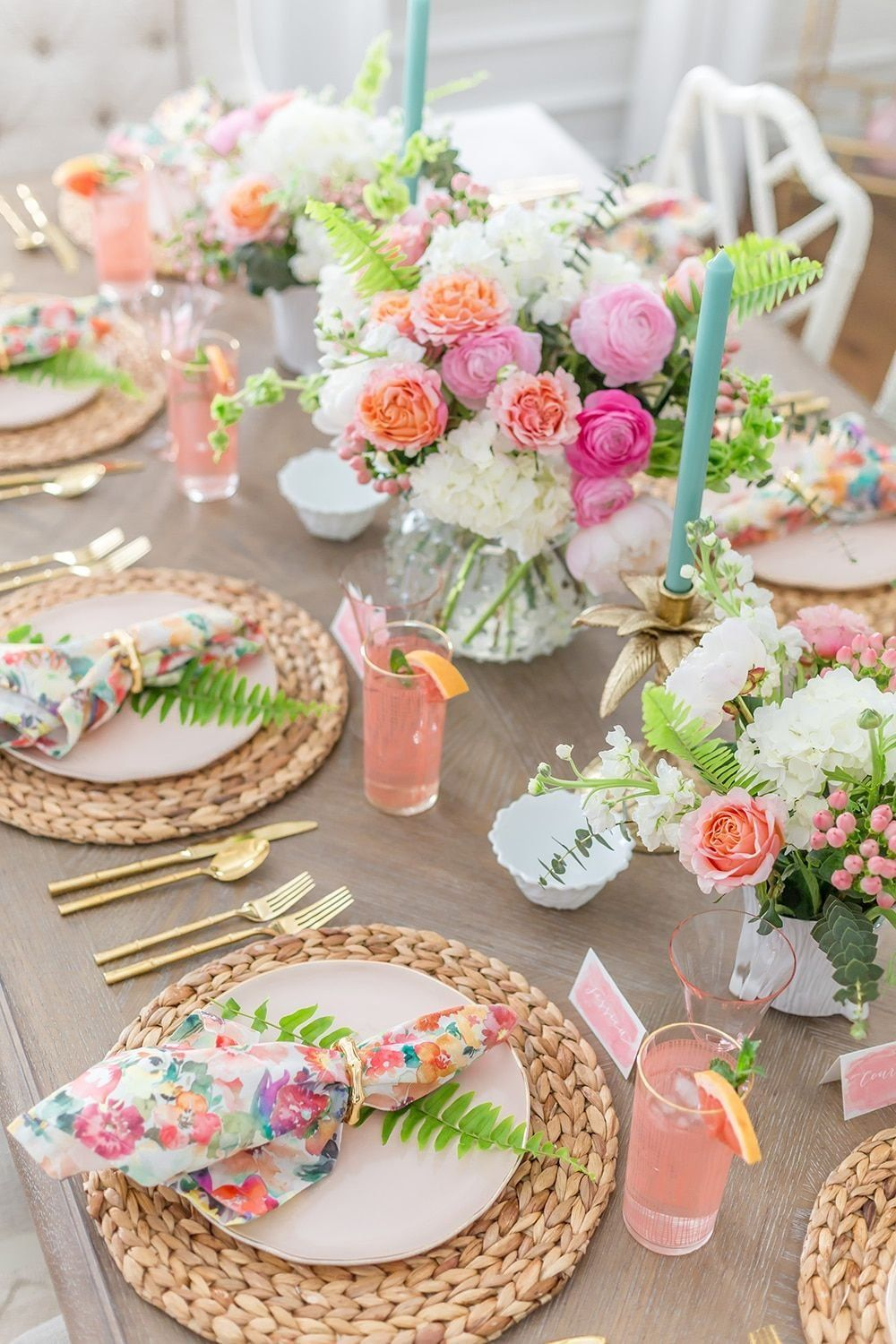 Tips to Set a Gorgeous Floral Summer Tablescape Celebrate summer with a Floral & Fern Summer Tablescape complete with all the details for recreating this pretty tablescape for your friends and family!