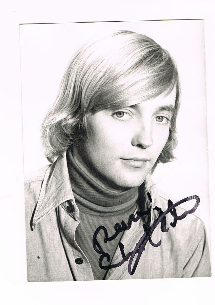 christopher mitchum wife
