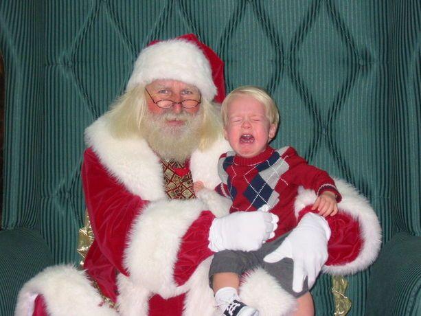 Pin By Bill Weidman On Bad Santa Christmas Horror Art Scary Photos Santa Claus Photography