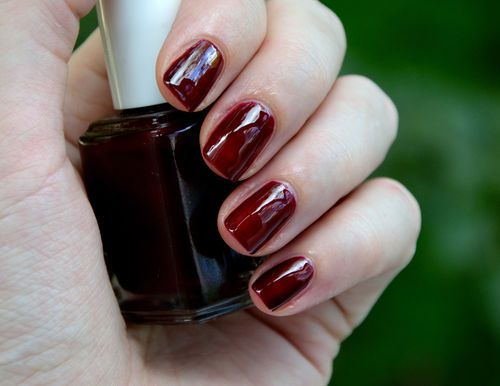 Essie Clutch Me If You Can...one of my faves for the Fall.