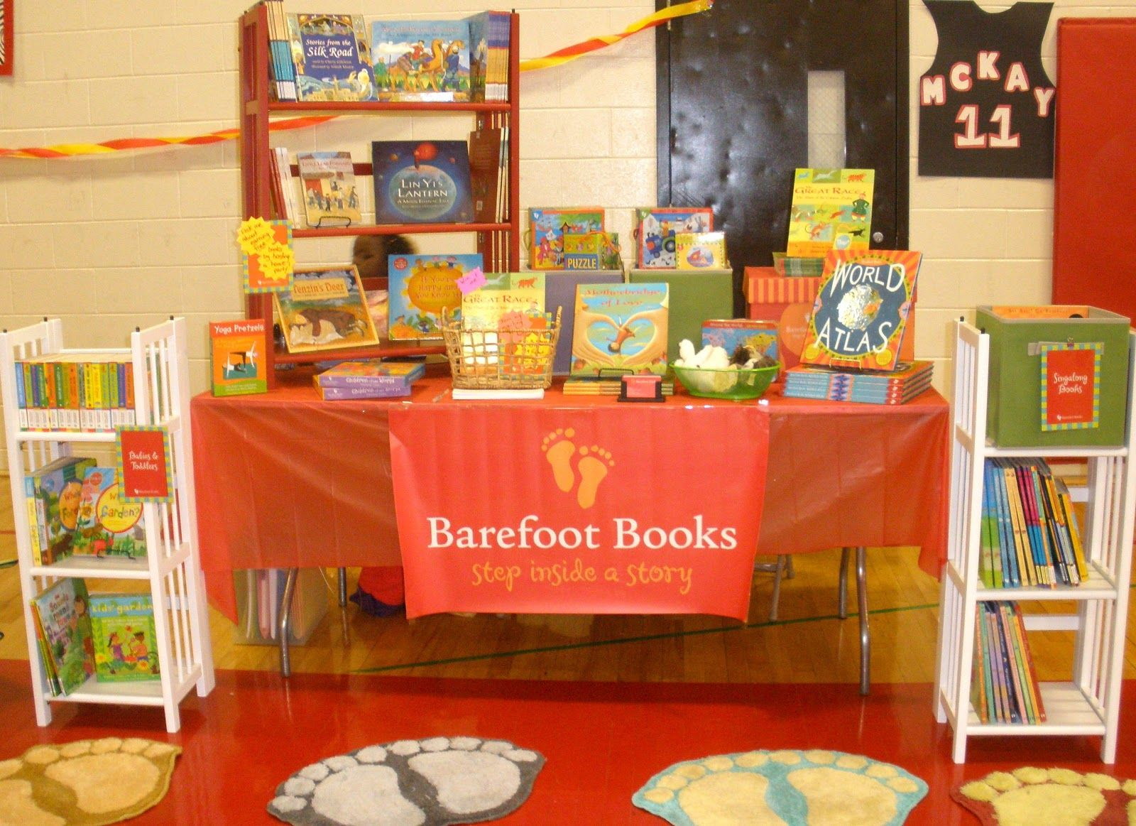 Barefoot Books Displays Alauna'