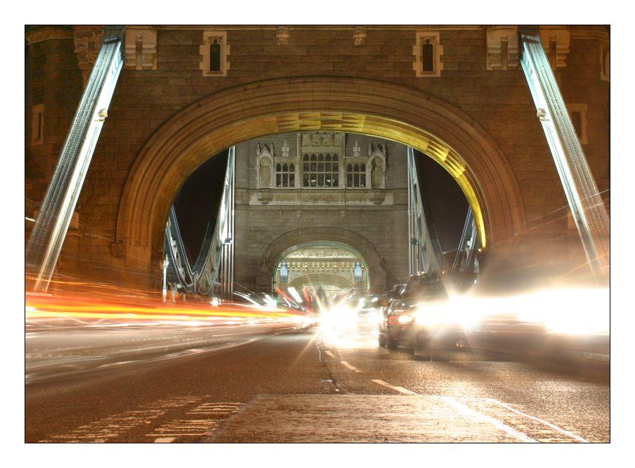 Tower Bridge traffic by Skeet.deviantart.com on @DeviantArt