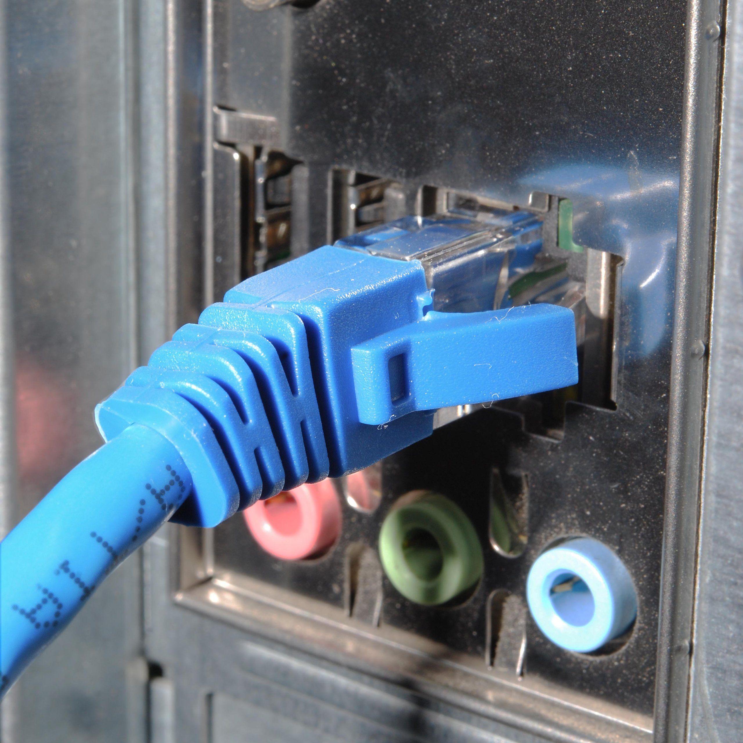 Amazon Com  Mediabridge Cat5e Ethernet Patch Cable  25 Feet