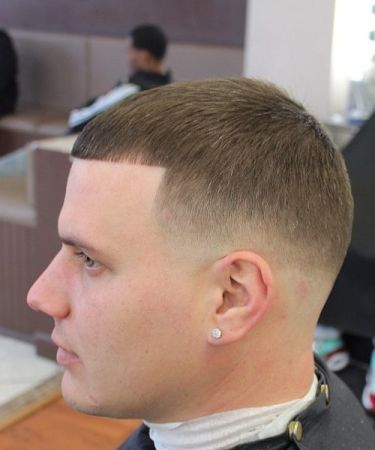 Best Types Of Fade Haircuts Comb Over Fades For Men Mid Fade Haircut Fade Haircut Comb Over Fade Haircut