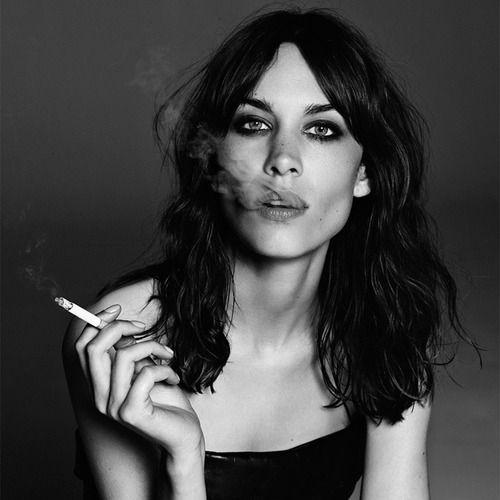 alexa chung smoking