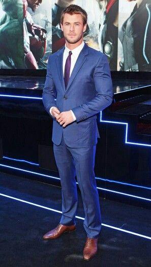 Chris Hemsworth | ♔ I ♥ men in suits ♔ | Pinterest