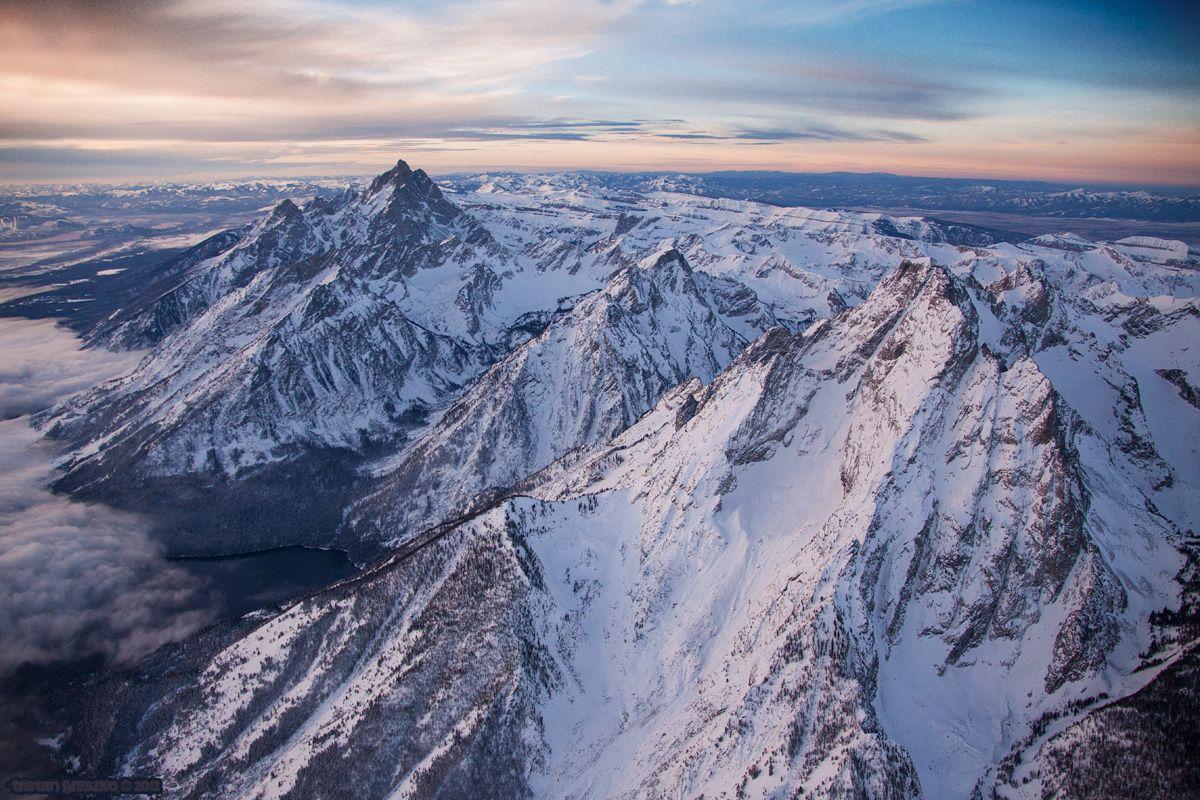 Southern view over Mt. Moran Grand teton national park