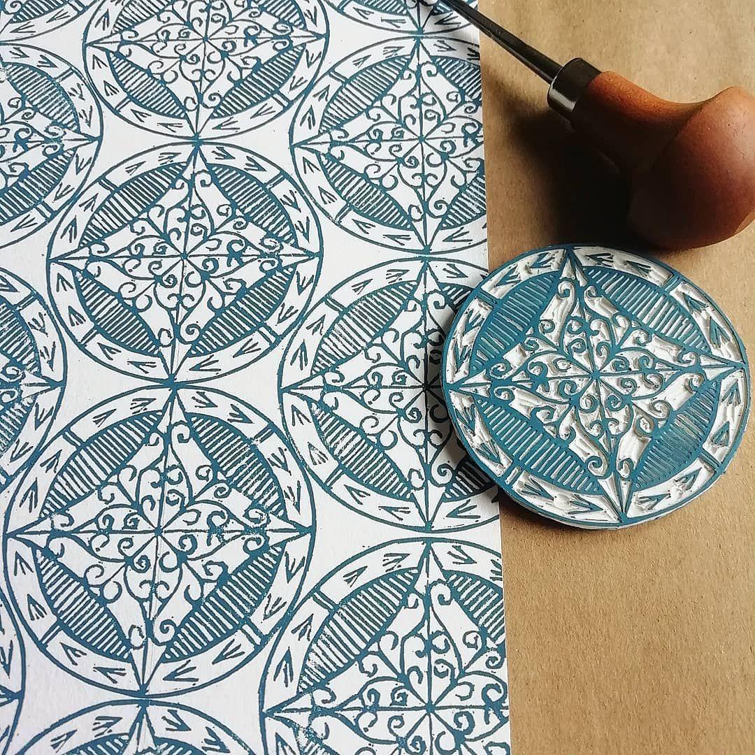 "Krafty Koffeedoff on Instagram: ""Pattern play #printmaking #blockprinting #linocutprinting #reliefprintmaking #lino #handcarved #handcarvedstamps #wip #handprinted…"""
