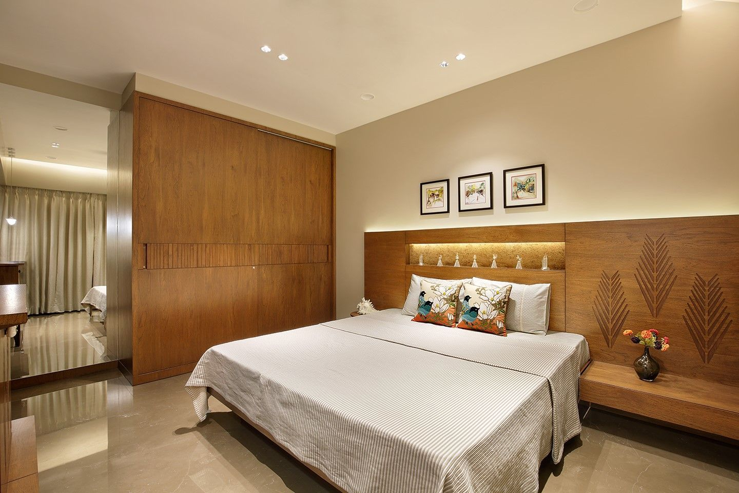 Wood art house bed room designed in teak wood with the customized