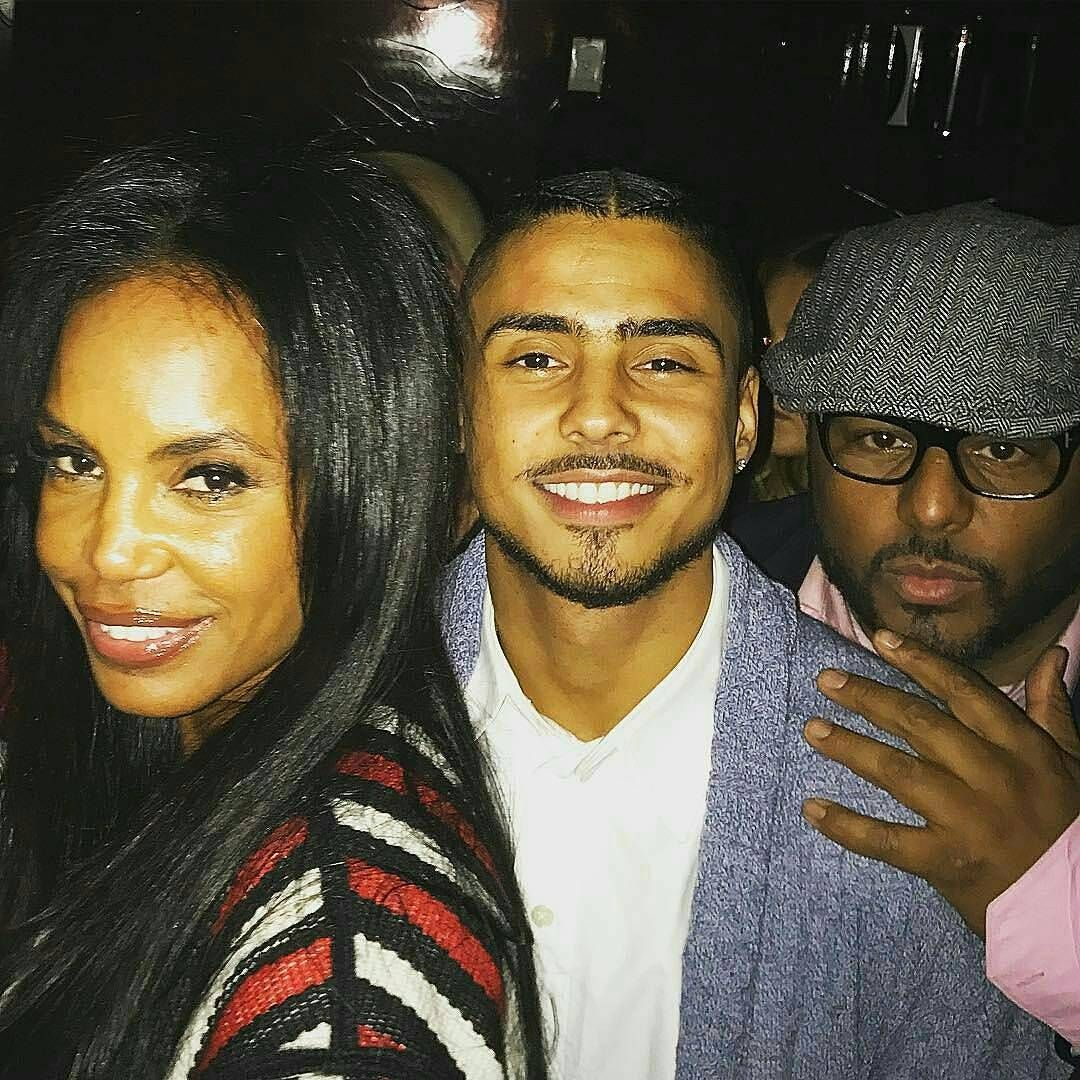 Quincy Brown With His Pops Al B. Sure And His Mother Kim Porter | Quincy brown, Celebrity families, Celebrity couples