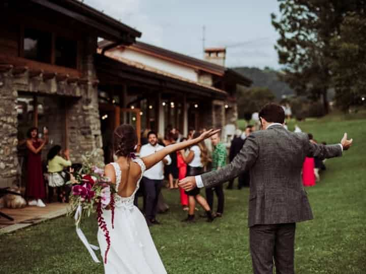6 Idee Per Una Festa Di Nozze Divertente Intrattenimento Matrimonio Nozze Idee Per Matrimoni