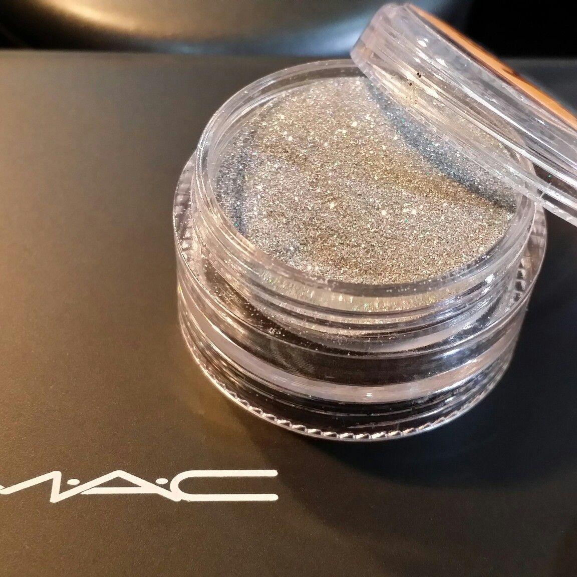 Pigmento Mac (fração), muito lindo.....