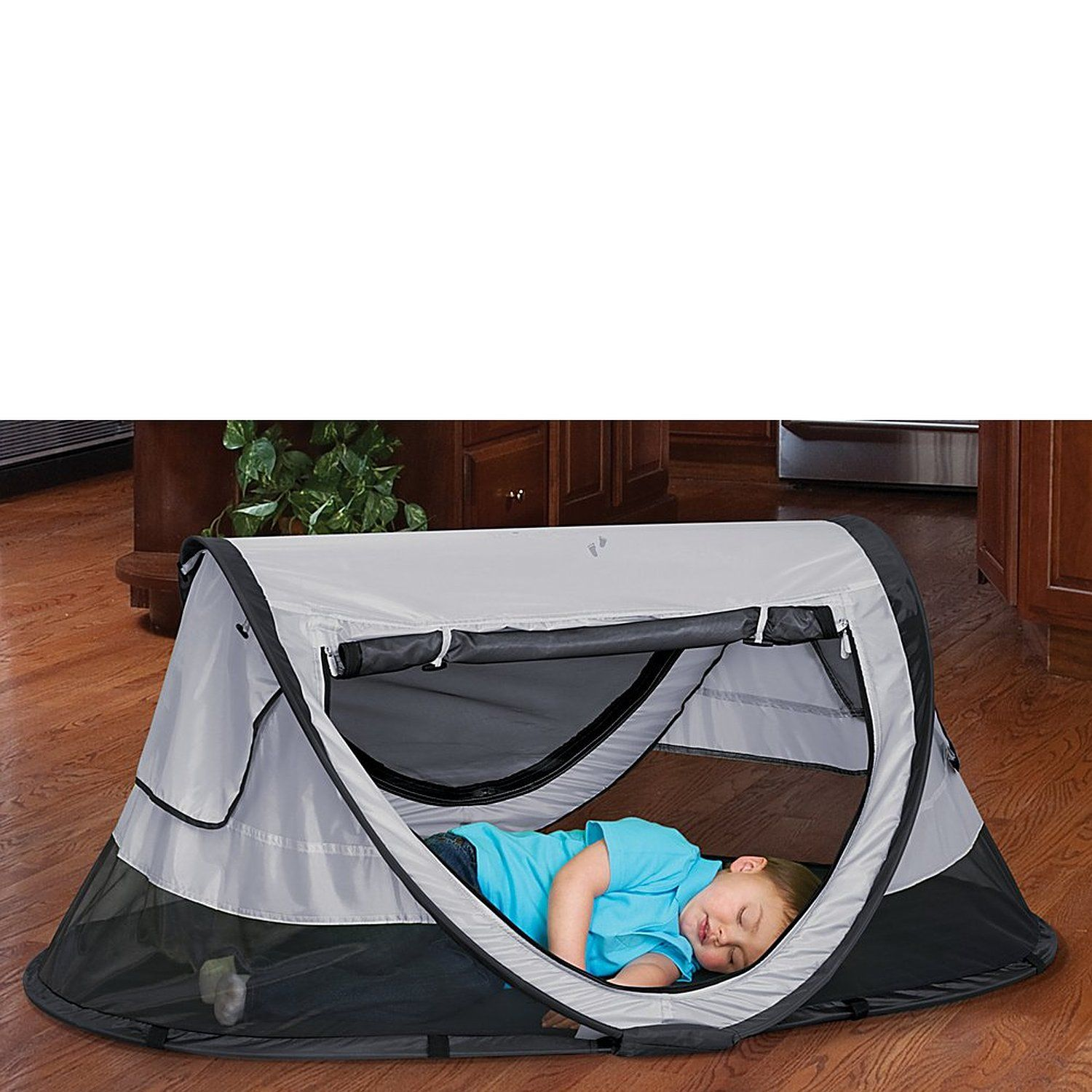 kidco peapod plus infant travel bed kiwi travel pinterest