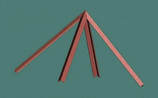 Závesná pyramída nemusí mať spodné hrany. Jej účinok závisí od výšky, vakej je zavesená