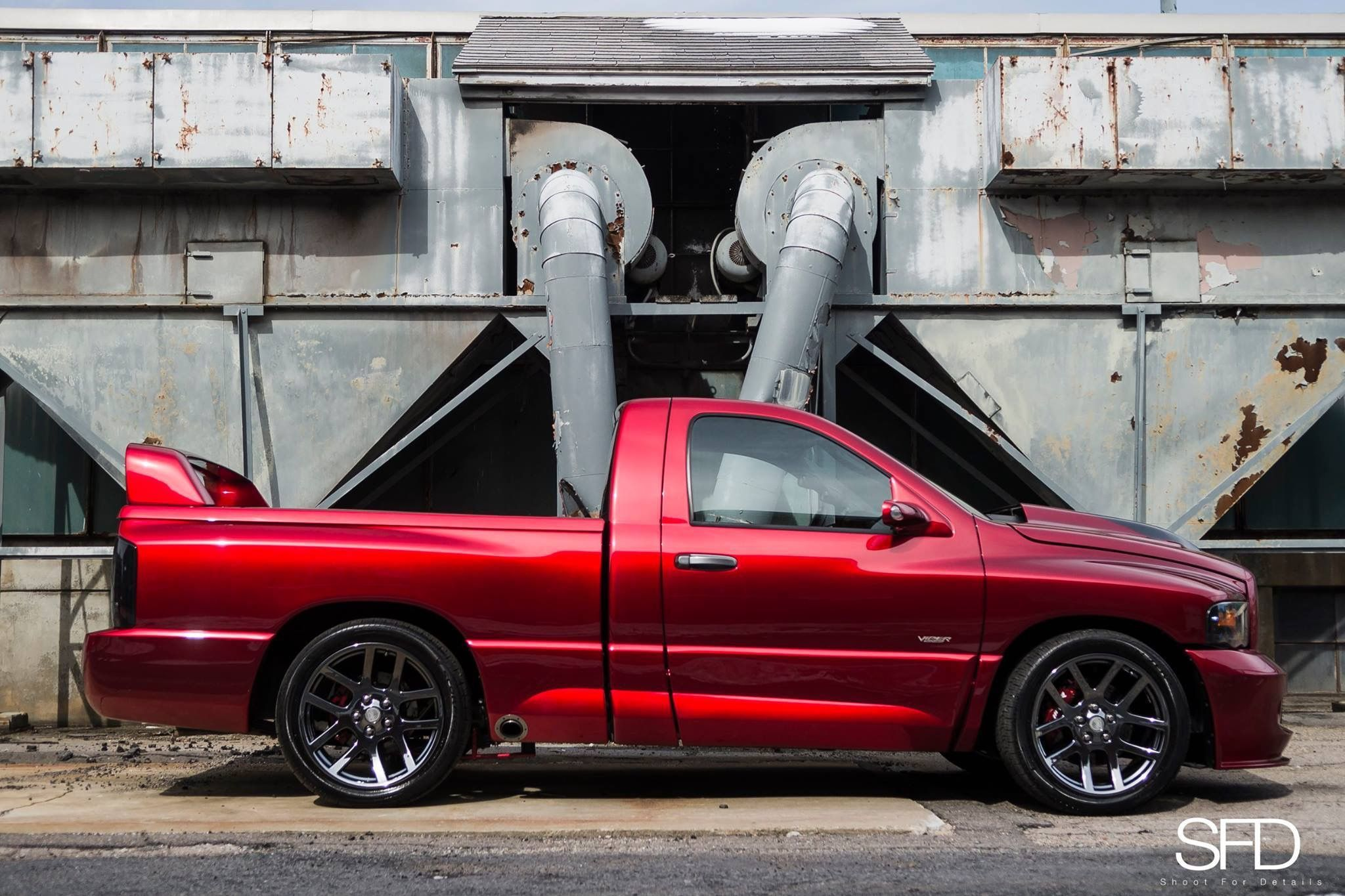 ram job fantasy wheels pinterest dodge rams ram srt. Black Bedroom Furniture Sets. Home Design Ideas
