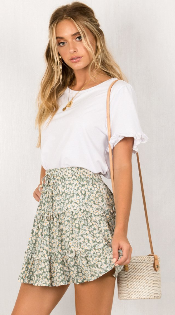 Photo of Green Floral Print Withdraw Mini Skirt