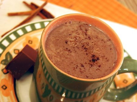 Chocolate Quente com Laranja - Veja como fazer em: http://cybercook.com.br/receita-de-chocolate-quente-com-laranja-r-9-11505.html?pinterest-rec