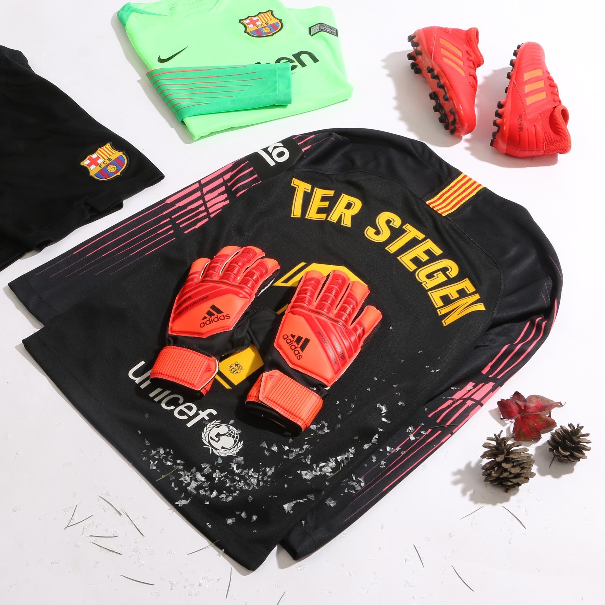 compromiso labio Realmente  Ter Stegen niño | Fútbol de niños, Arquero de futbol, Fotografía de fútbol