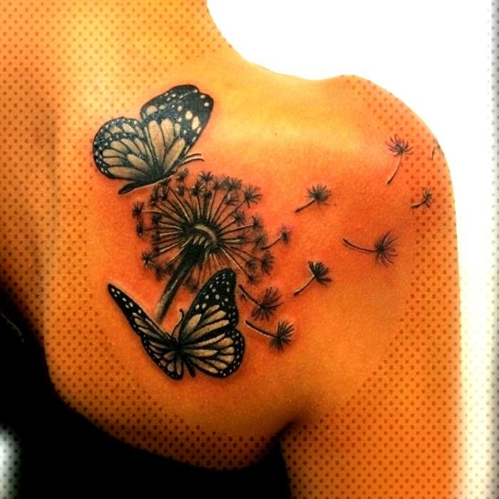 Butterfly tattoo - symbolism, meaning and models - living ideas and decoration -  shoulder tattoo w