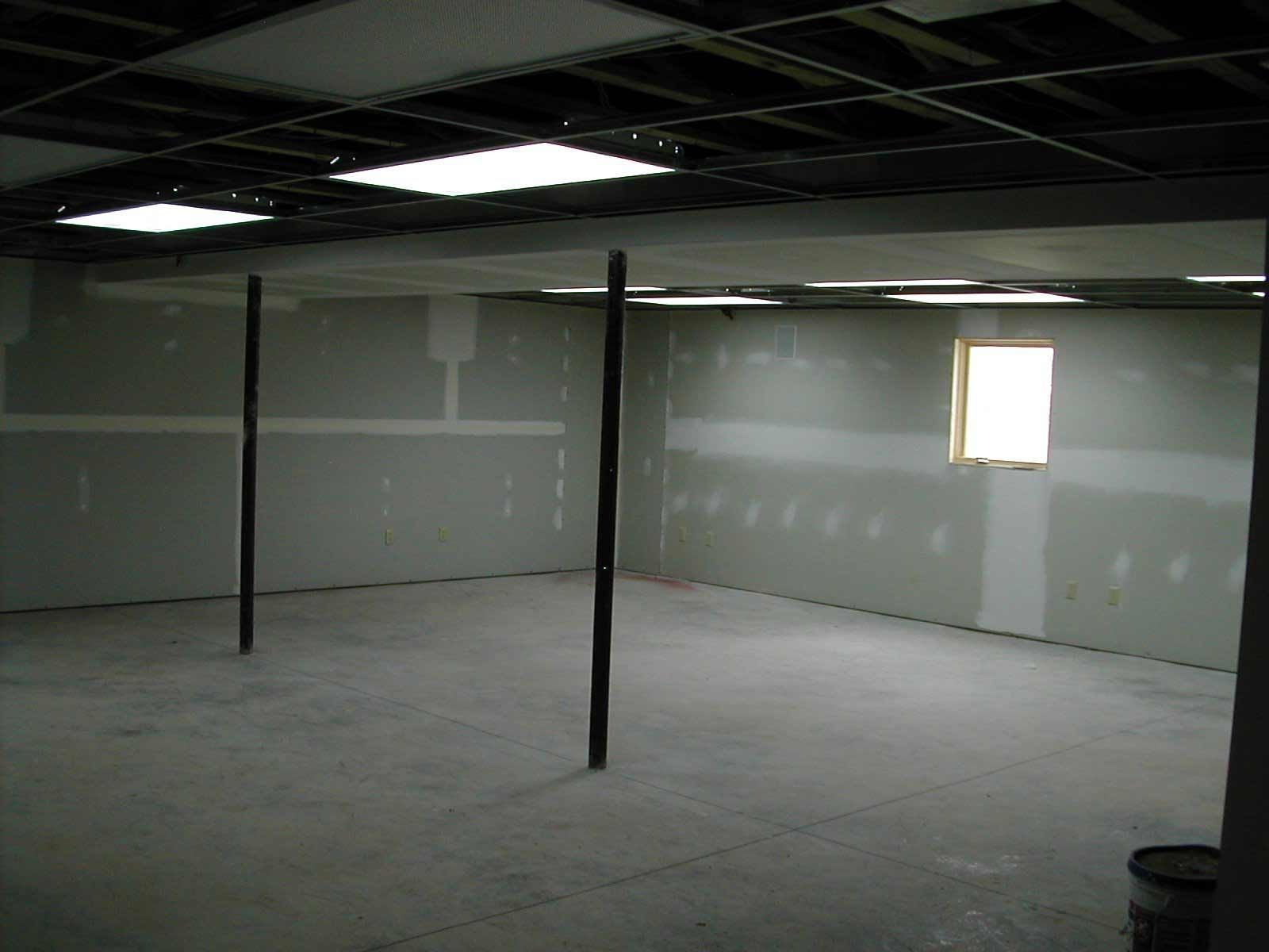 Fluorescent light fixtures for basement