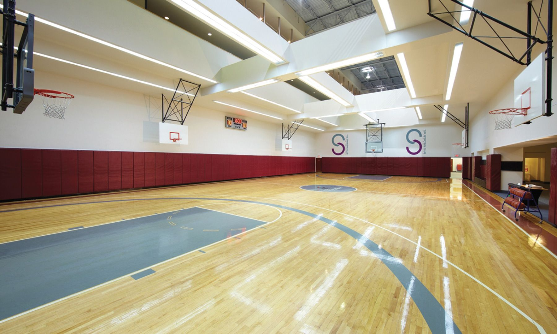 The Most Expensive Luxury Gyms In The U S Dujour Basketball Game Tickets Nba Basketball Court Basketball Court Size