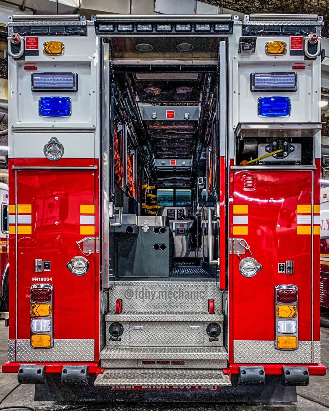 Pin by Nick Magruder on FireTrucks in 2020 Fire equipment