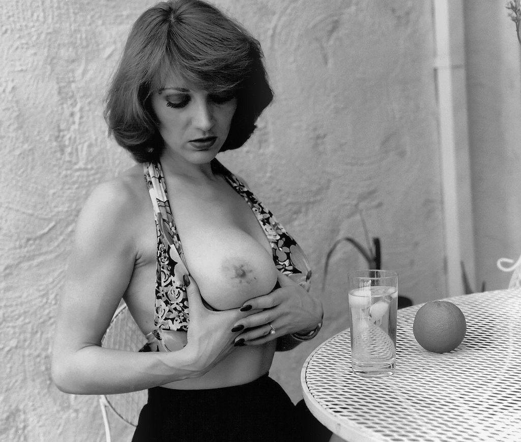 Hanna Viek – The Kamera Club