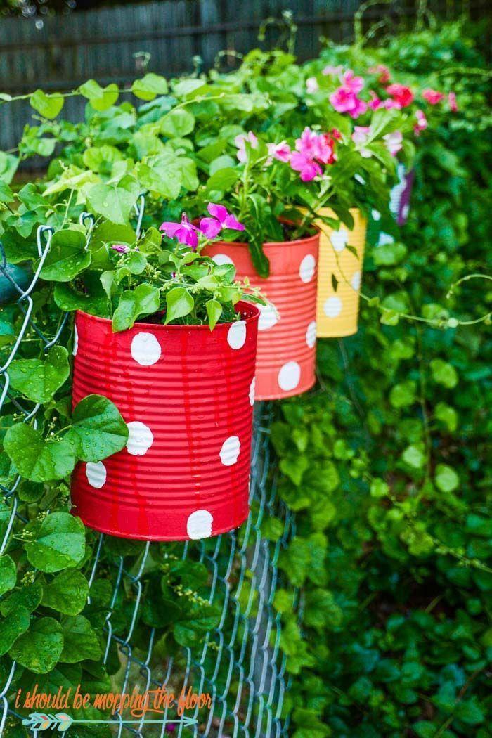 Blechdose Blumengarten Garten Bedarf Garten Pflege Gartentypen Gemuse Garten Hof Krautergarten Miniaturg In 2020 Tin Can Flowers Backyard Fence Decor Fence Decor