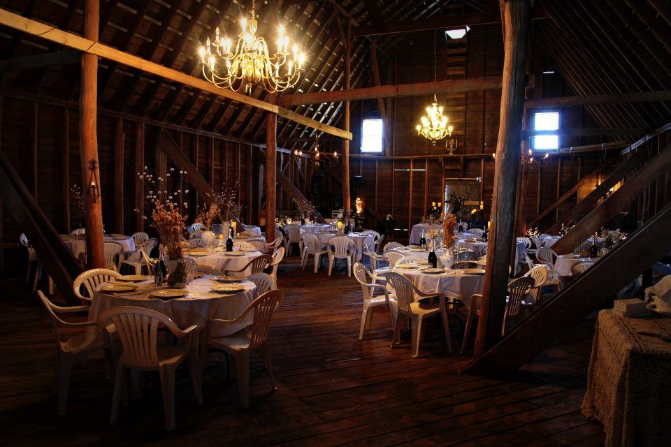 My aunt Julie owns this nifty place! | Rustic barn wedding ...